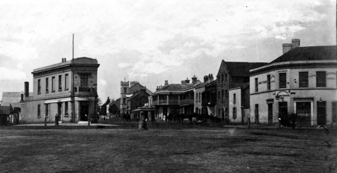 Tighe's Queens Arms hotel, Taylor Square, Darlinghurst (the Court House Hotel now trades from the site).
