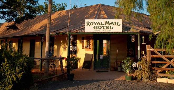 The Royal Mail Hotel, Hungerford Queensland. Photo: http://tripplan.com.au/